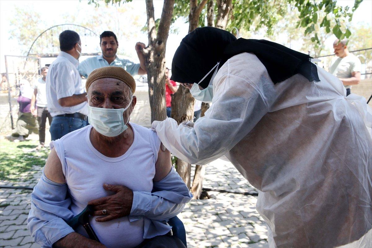 Muş ta aşı timleri, en ücra köylere aşı ulaştırıyor #4