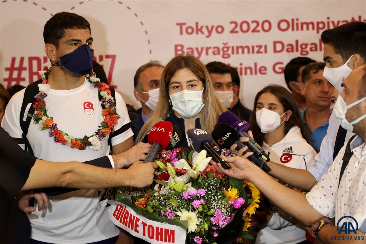 Milli sporcularımız Tokyo dan döndü #4