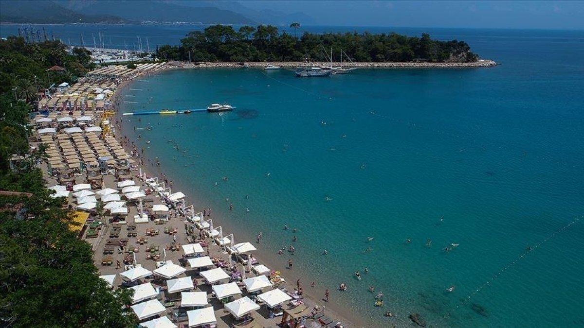 Antalya 7 ayda 3 milyon 396 bin turist ağırladı #2