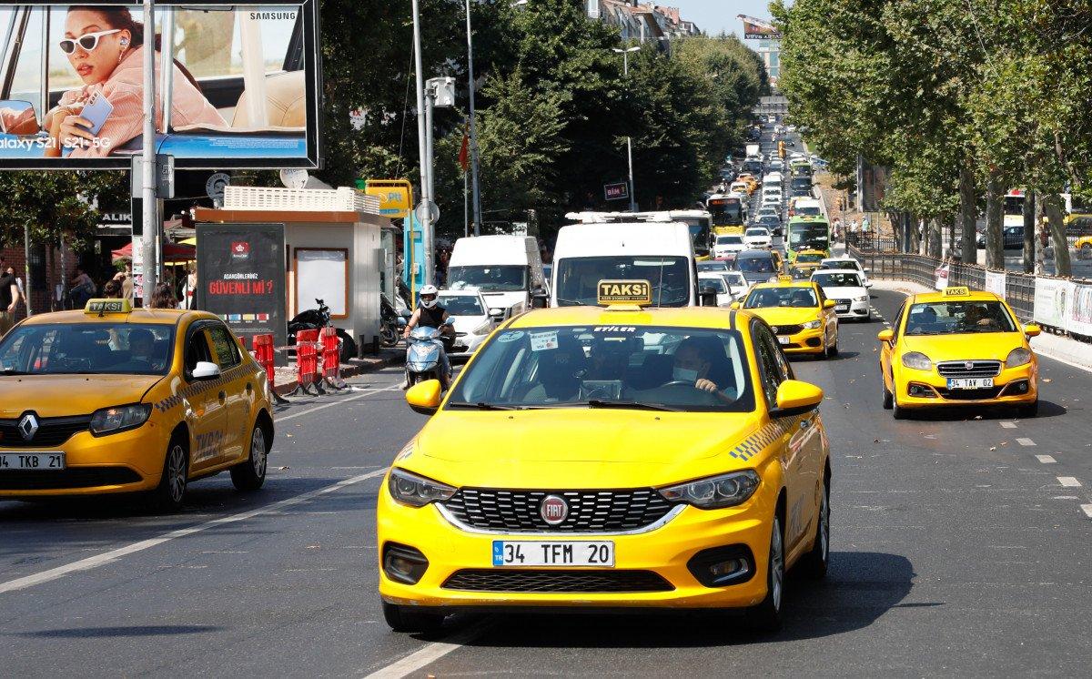 Taksiciler ve müşteriler arasında  ücretli yol  meselesi #3