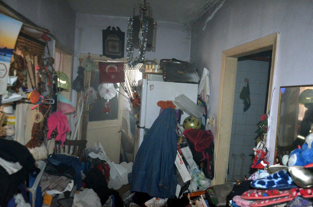 Avcılar da yangın ihbarına gittiler, çöp evle karşılaştılar #3