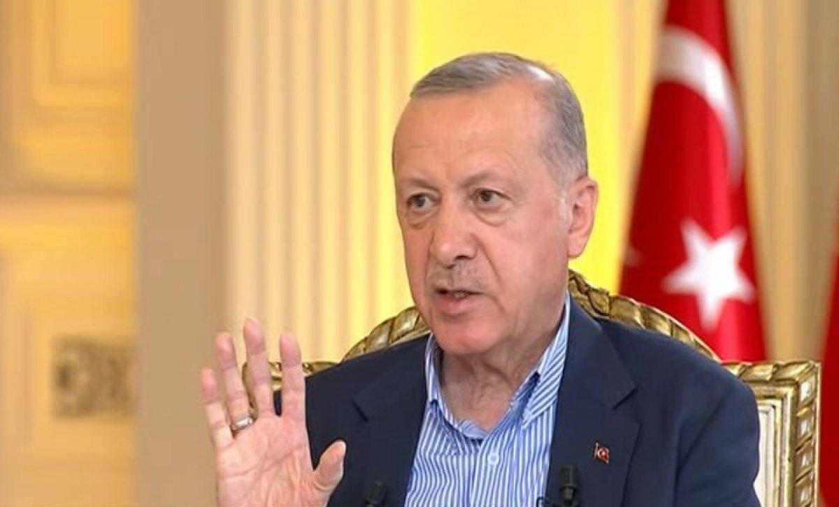 Cumhurbaşkanı Erdoğan: Sanatını icra et, bu işlere burnunu sokma #1