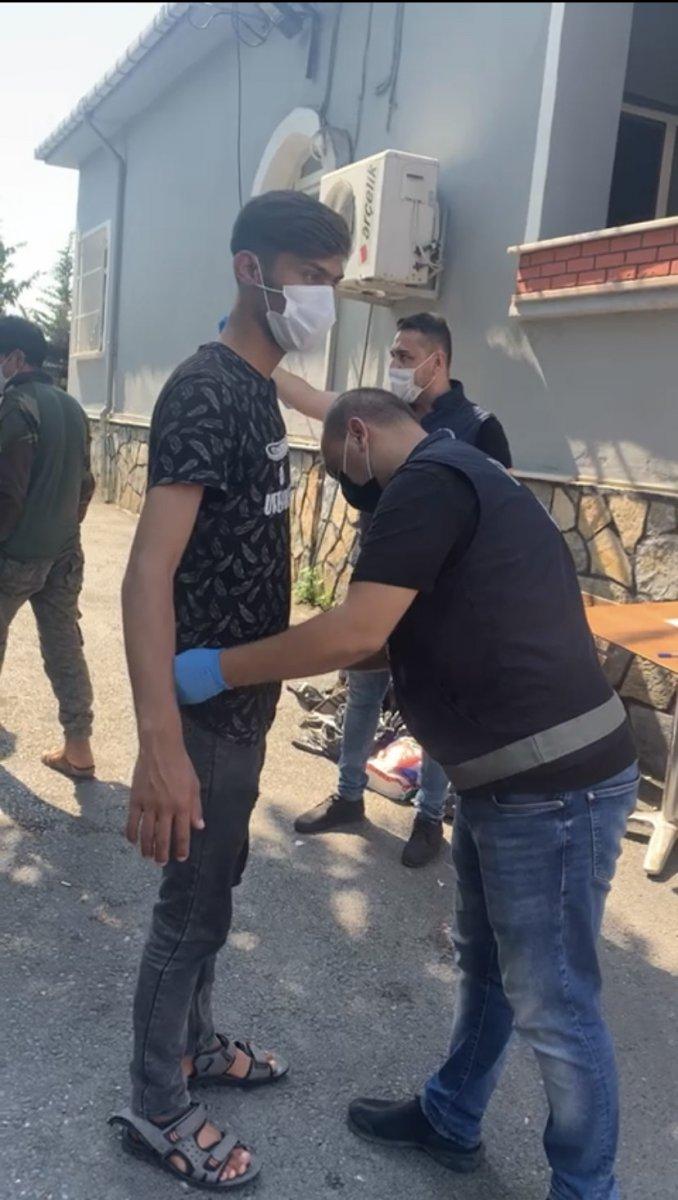 Beyoğlu'nda kaçak göçmen operasyonu #3