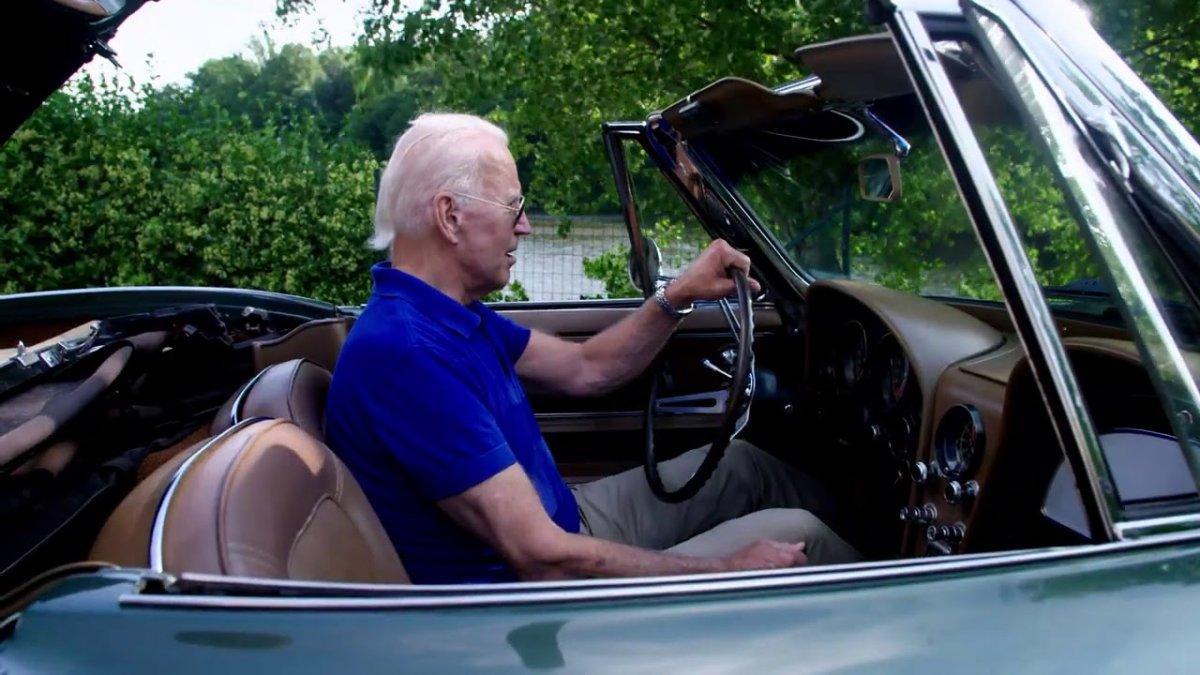 Joe Biden, ilk elektrikli Corvette modelini test edecek #1