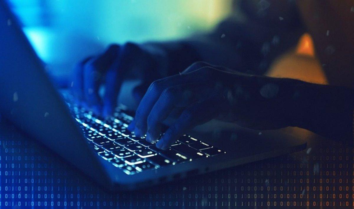 Blok zinciri platformu Poly Network hacklendi #1