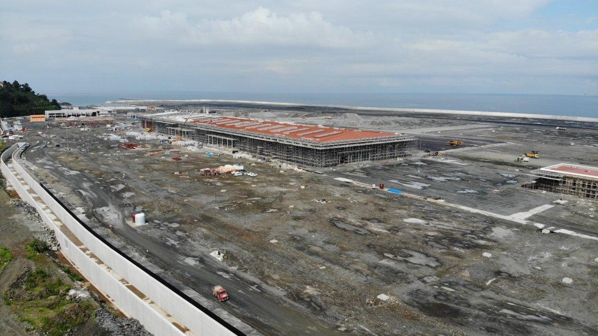 Rize-Artvin Havalimanı'nın uçuş kulesi ortaya çıkmaya başladı #3