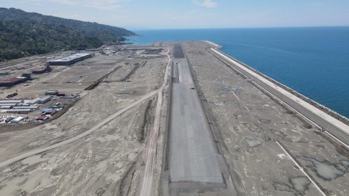 Rize-Artvin Havalimanı'nın uçuş kulesi ortaya çıkmaya başladı #1