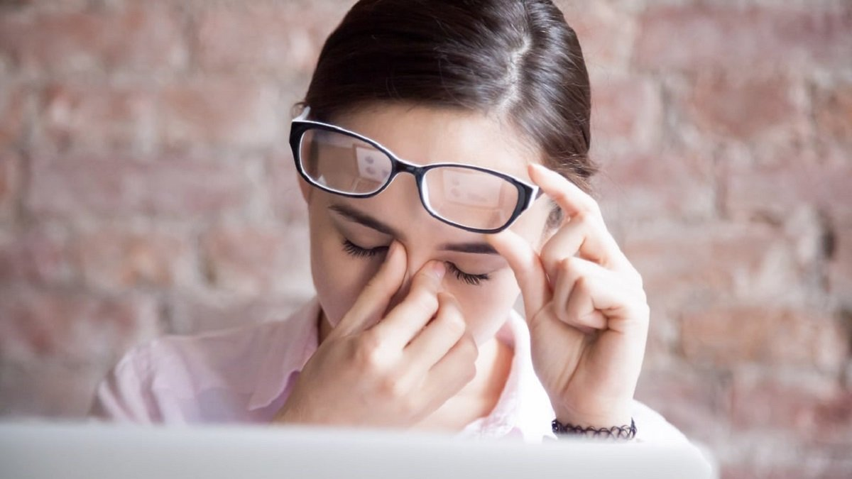 Koronavirüse davetiye çıkarıyor: Yüze dokunma alışkanlığı nasıl bırakılır? #2