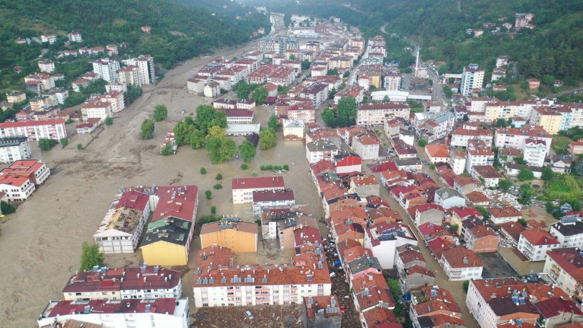 AFAD: Kastamonu da sel sularına kapılan 2 kişi hayatını kaybetti #8