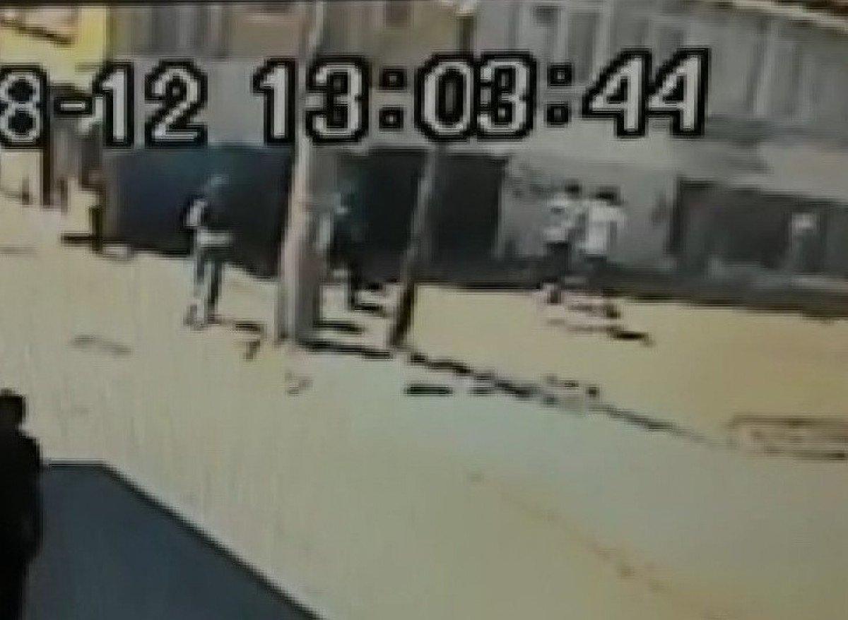 İstanbul da arkadaşları tarafından kafası kesilerek öldürüldü #3