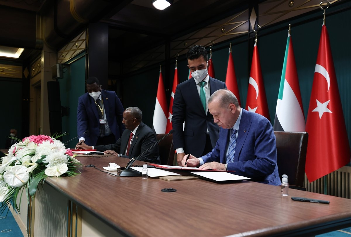 Cumhurbaşkanı Erdoğan dan Sudan Devlet Başkanı ile ortak açıklama #6