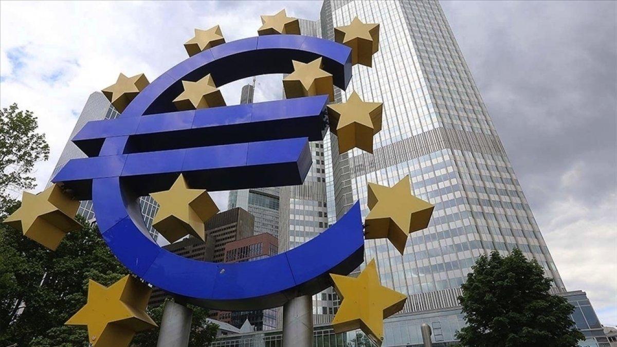 Euro Bölgesi nde sanayi üretimi arttı #1