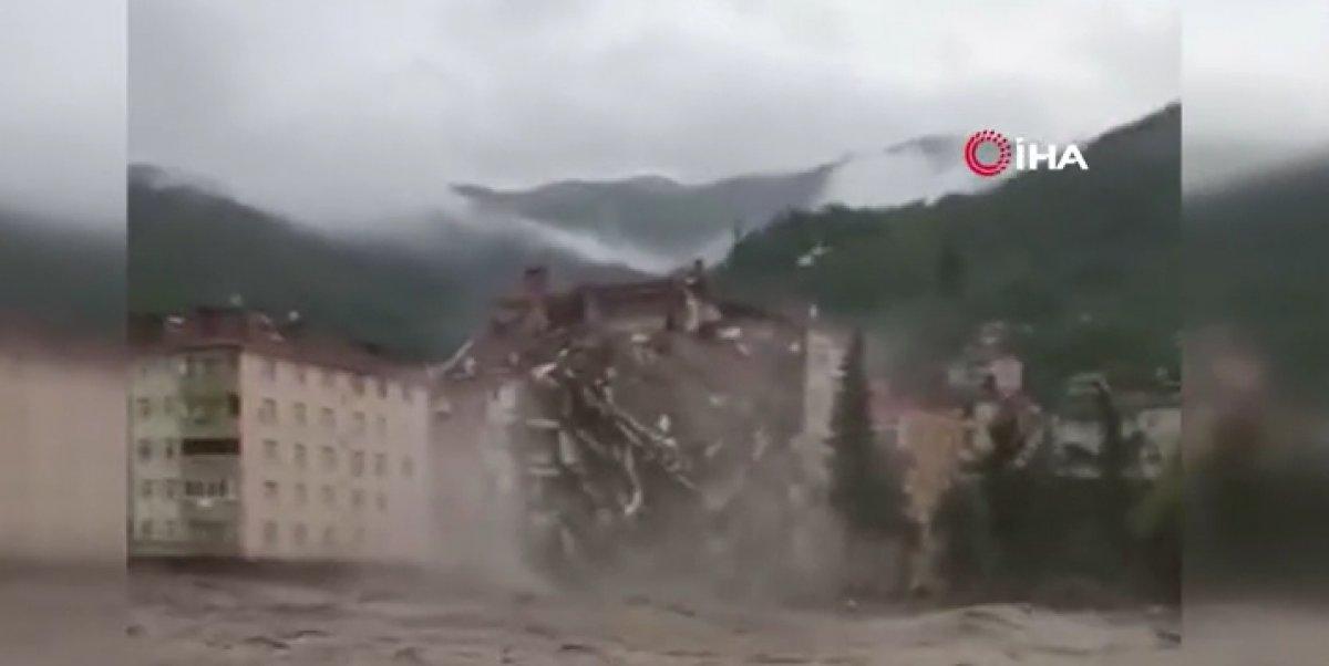 Kastamonu da binanın yıkılma anı #2