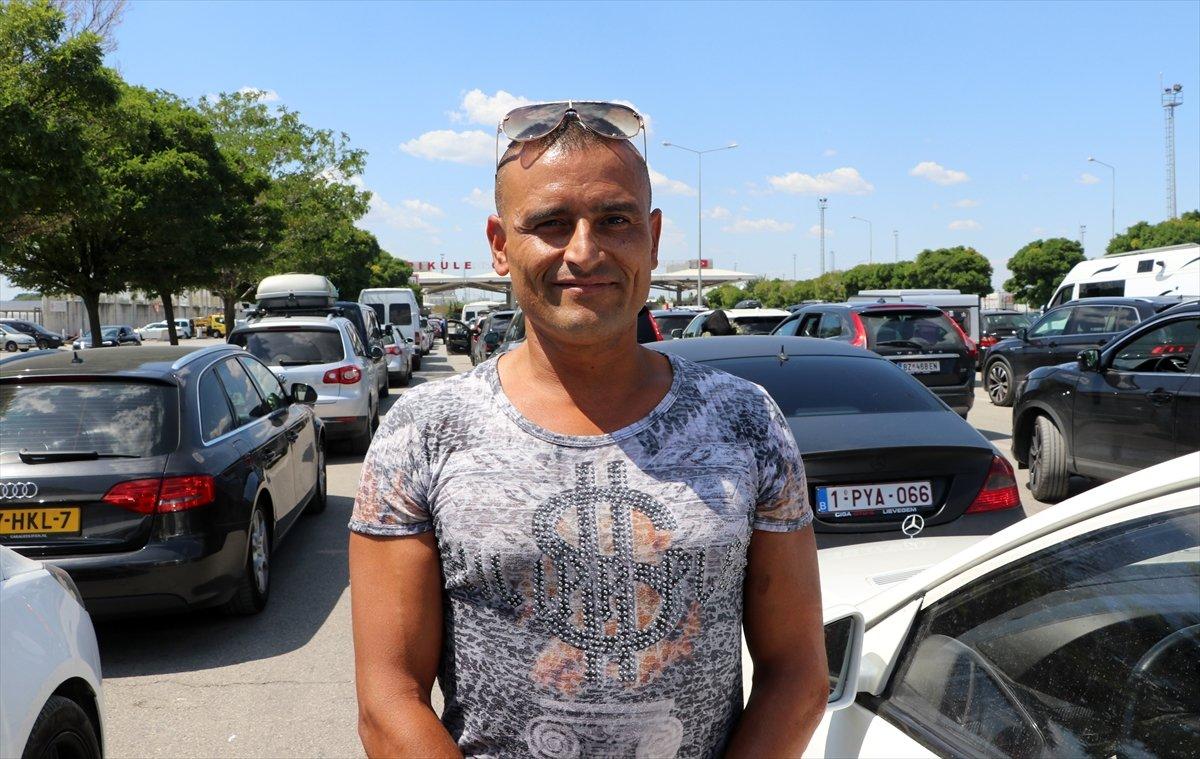 Dönüş yoluna geçen gurbetçiler Türkiye den hüzünle ayrılıyor #4