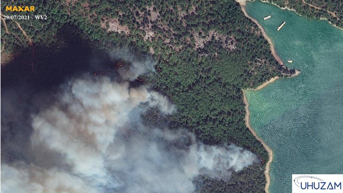 Akdeniz ve Ege de yanan alanlar uzaydan görüntülendi #7