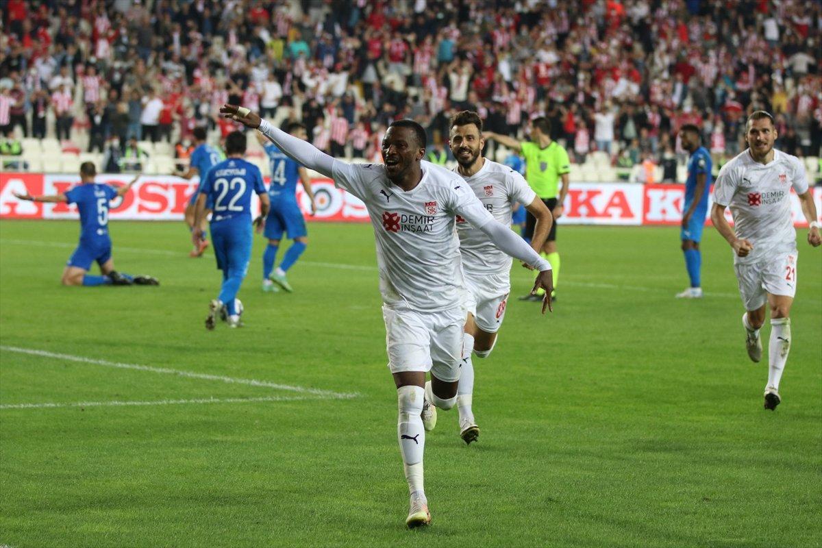 Sivasspor turu geçti #1