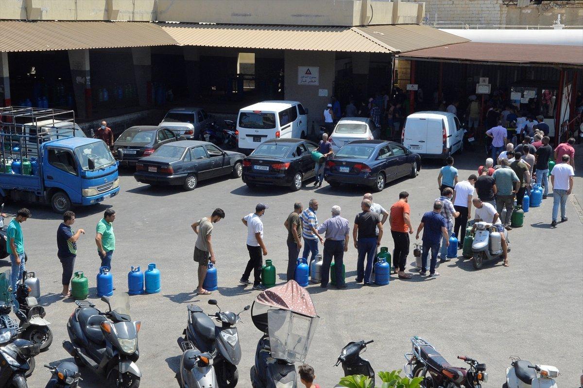 Lübnan da akaryakıt ve ilaç krizi derinleşiyor #1