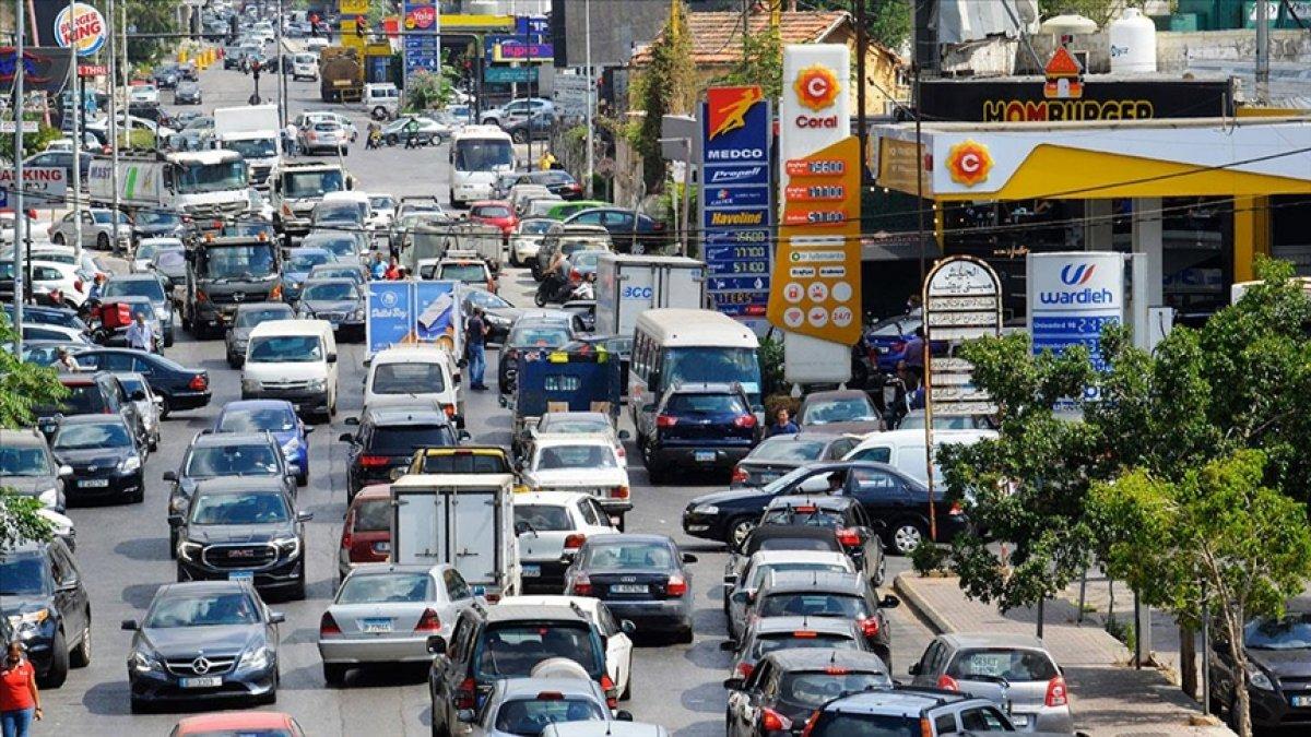 Lübnan da akaryakıt ve ilaç krizi derinleşiyor #4