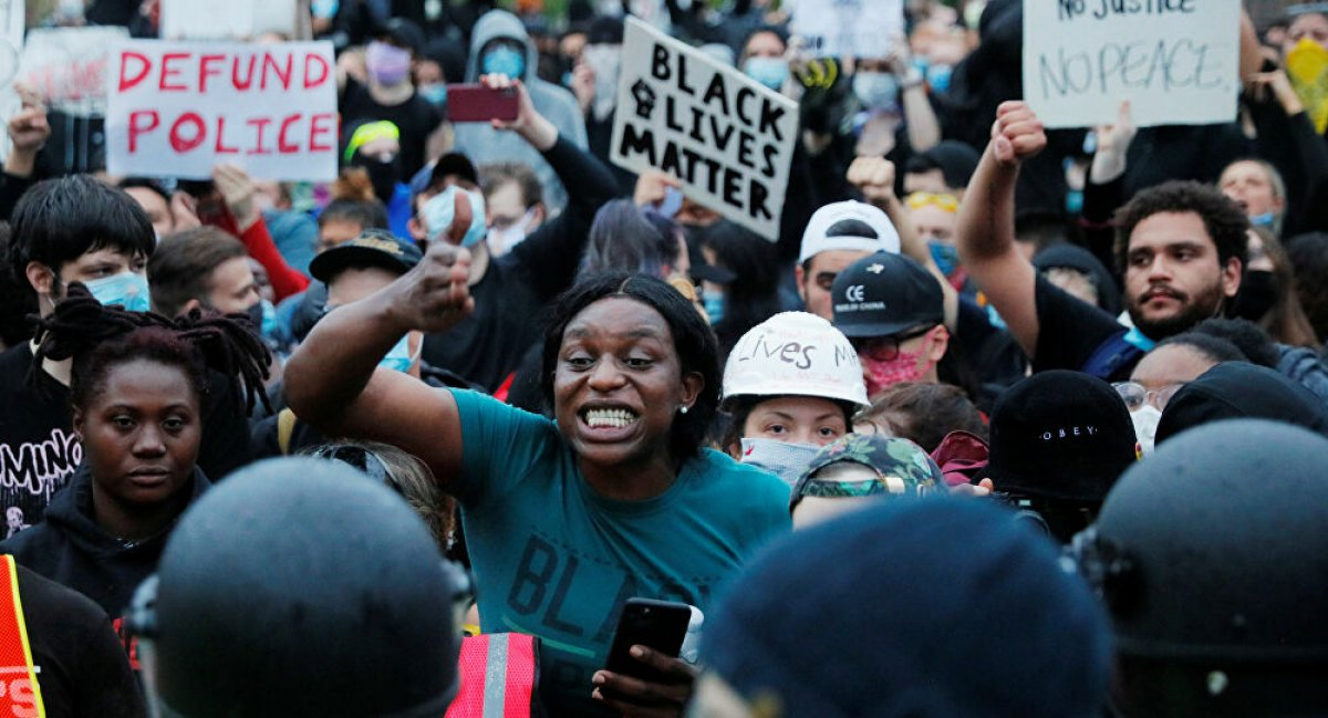ABD de, beyazların oranı ilk kez yüzde 60 ın altında kaldı #1