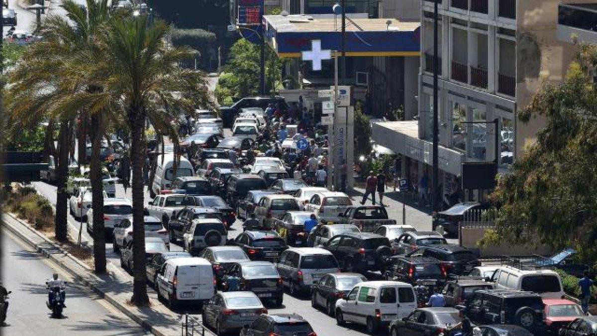 Lübnan da akaryakıt ve ilaç krizi derinleşiyor #3