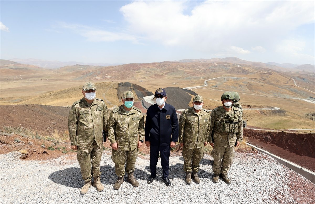 Hulusi Akar ve TSK komuta kademesi İran sınırında #7