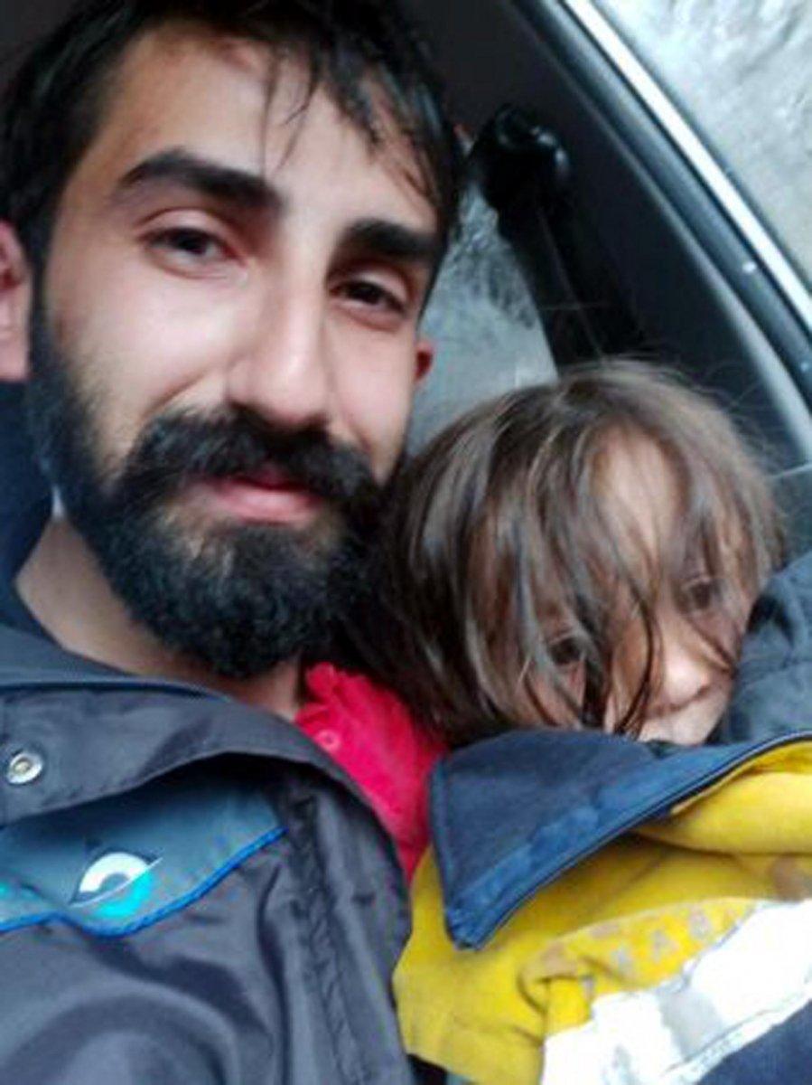 Kastamonu da selde kurtardığı küçük kızın ailesiyle sulara kapıldı #2