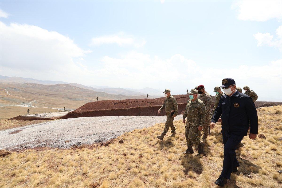 Hulusi Akar ve TSK komuta kademesi İran sınırında #12