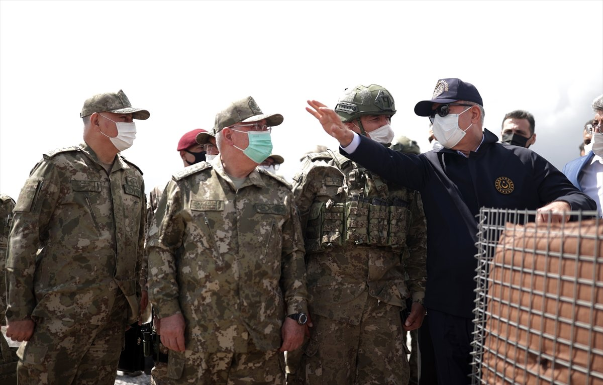 Hulusi Akar ve TSK komuta kademesi İran sınırında #3