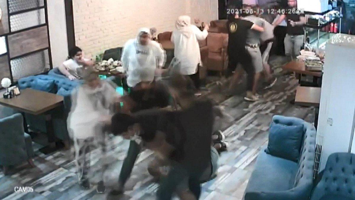 Esenyurt'ta madde bağımlısı baba ve oğlu esnafa saldırdı  #2
