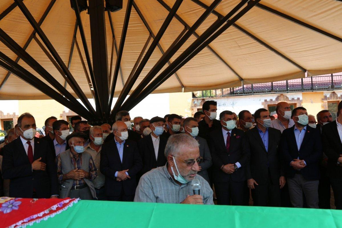 Kemal Kılıçdaroğlu'nun teyzesi Fecire Işık, son yolculuğuna uğurlandı #3