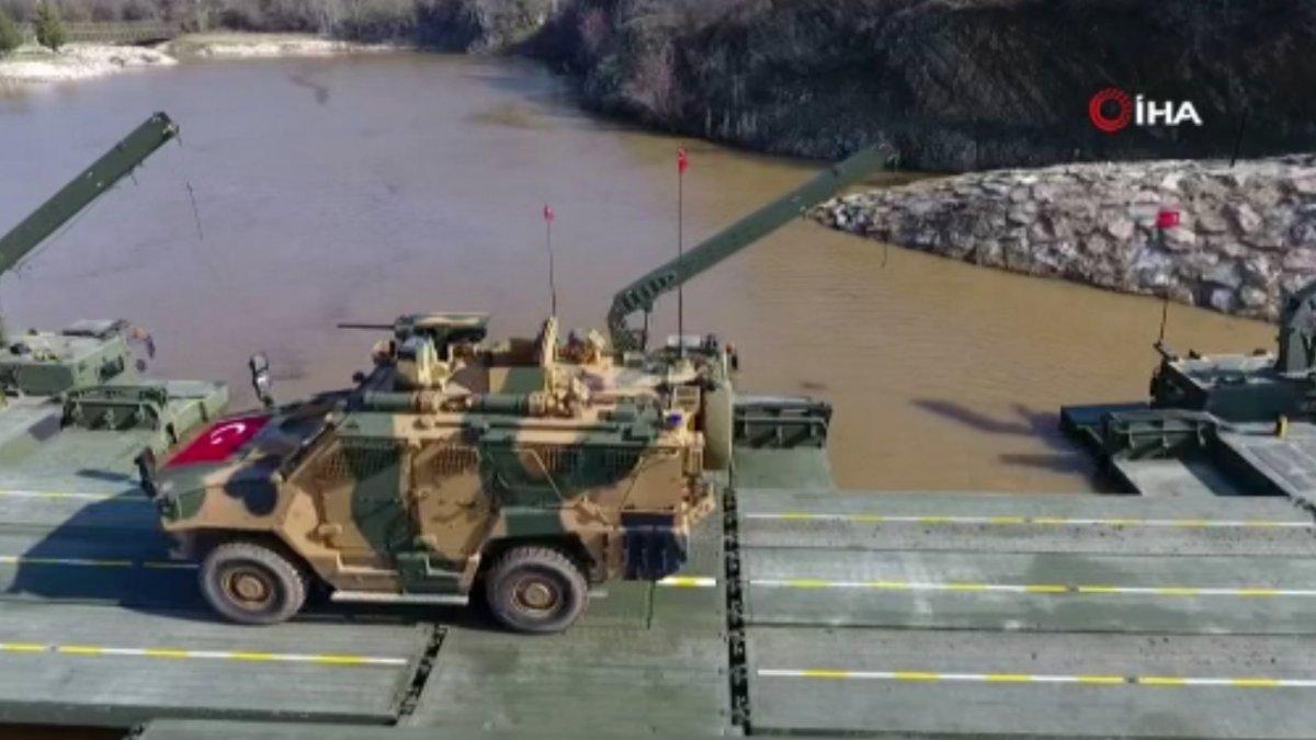 MSB, sel bölgesine 2 yatay kaydırmalı köprü tankı ile 3 sabit köprü aracı gönderdi #4