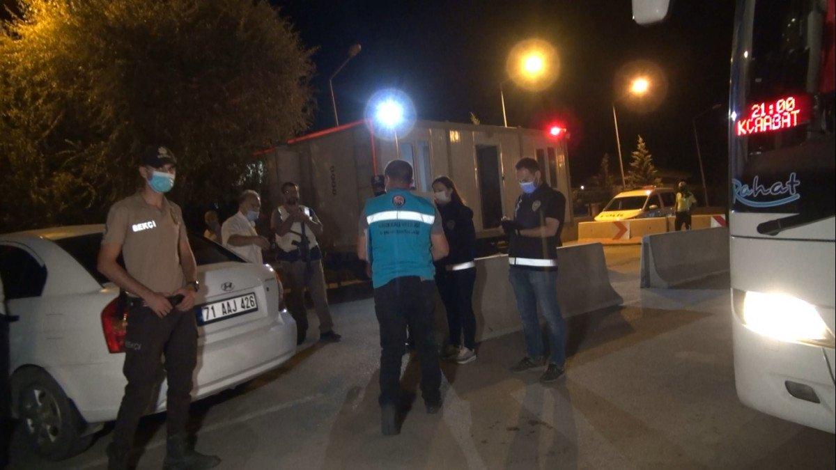Kırıkkale de HES te riskli gruptaki yolcuya 4 bin TL ceza #4