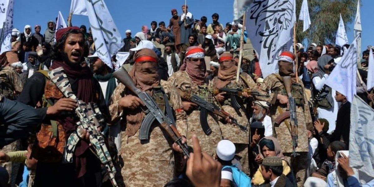 Afganistan İçişleri Bakanlığı: Taliban başkent Kabil e girdi #4