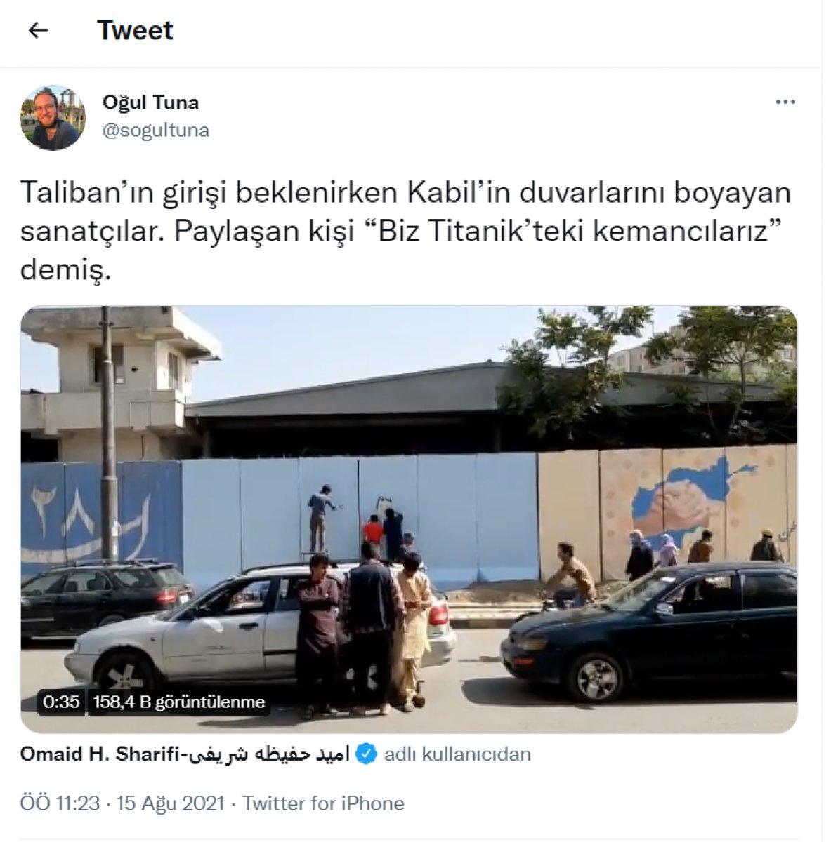 Taliban Kabil e girdi: Sokaklardaki afişler kapatılmaya başlandı  #2