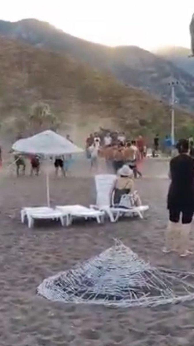 Antalya Kumluca sahilinde kavga #2
