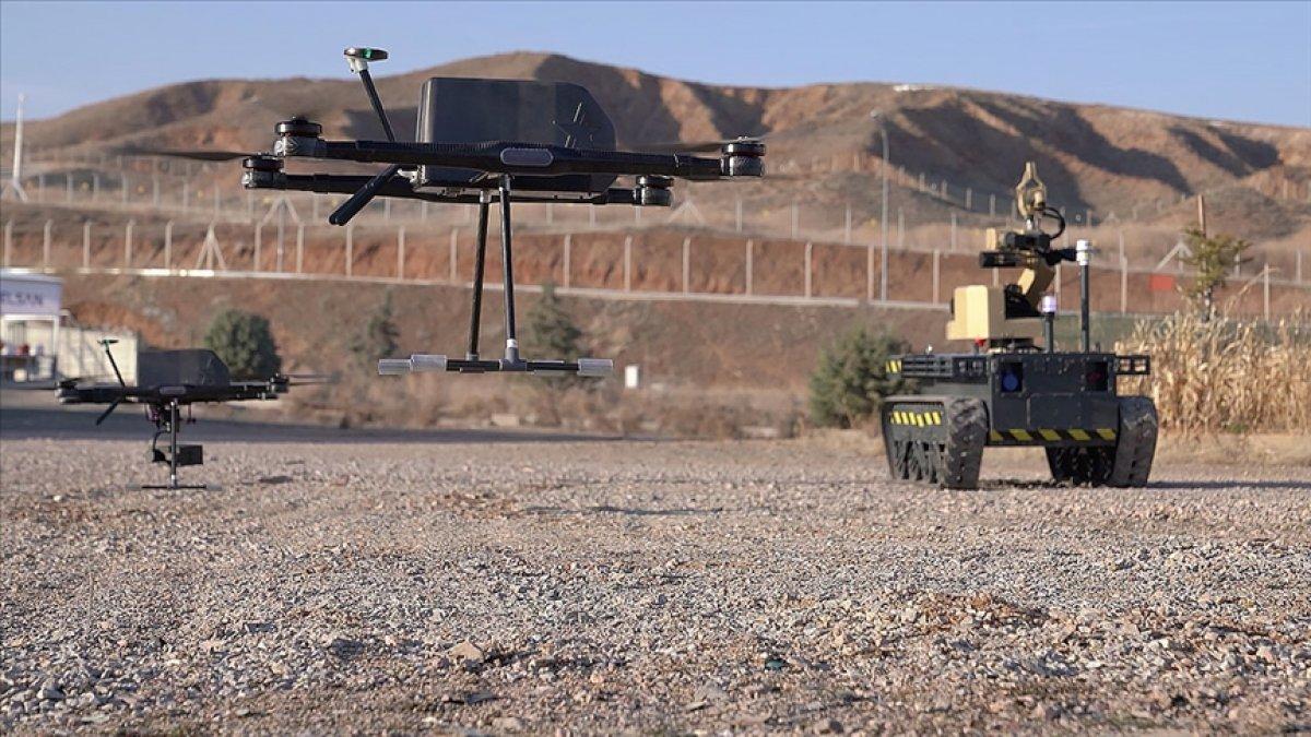İnsansız araçlardan oluşan Türkiye nin dijital birliği IDEF te #1