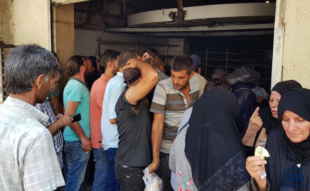 Lübnan da akaryakıt ve ekmek kuyrukları #3