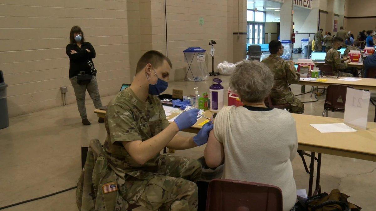 ABD de koronavirüs vakaları nedeniyle ordu göreve çağrıldı #2