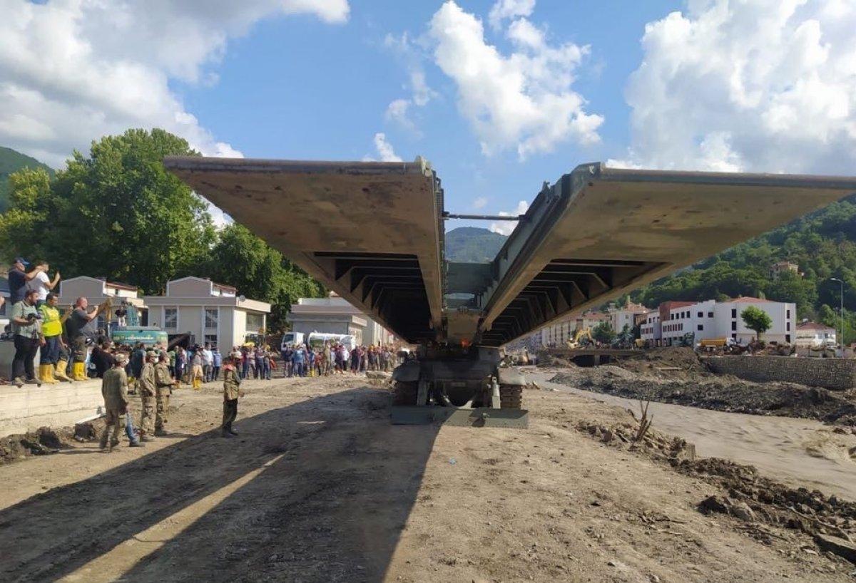 MSB nin sel bölgesine gönderdiği yatay kaydırmalı köprü tankı kuruldu #4