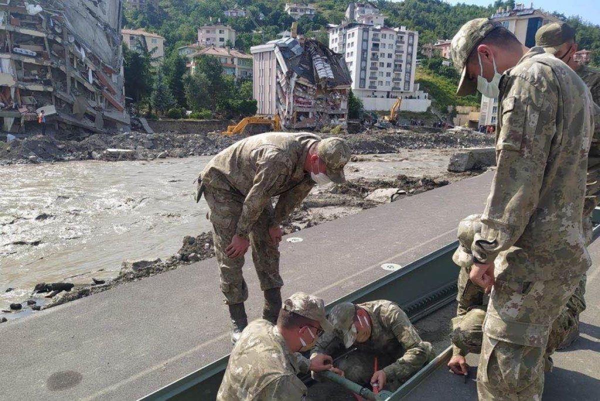 MSB nin sel bölgesine gönderdiği yatay kaydırmalı köprü tankı kuruldu #2