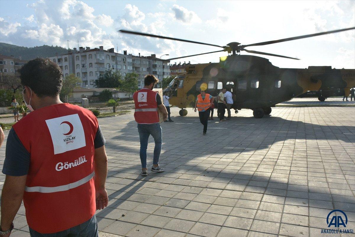 Sinop ta köylere helikopterle erzak taşınıyor #6