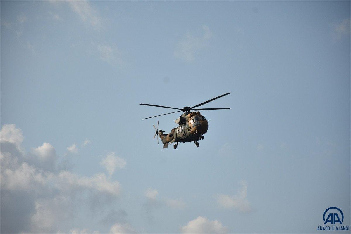 Sinop ta köylere helikopterle erzak taşınıyor #1