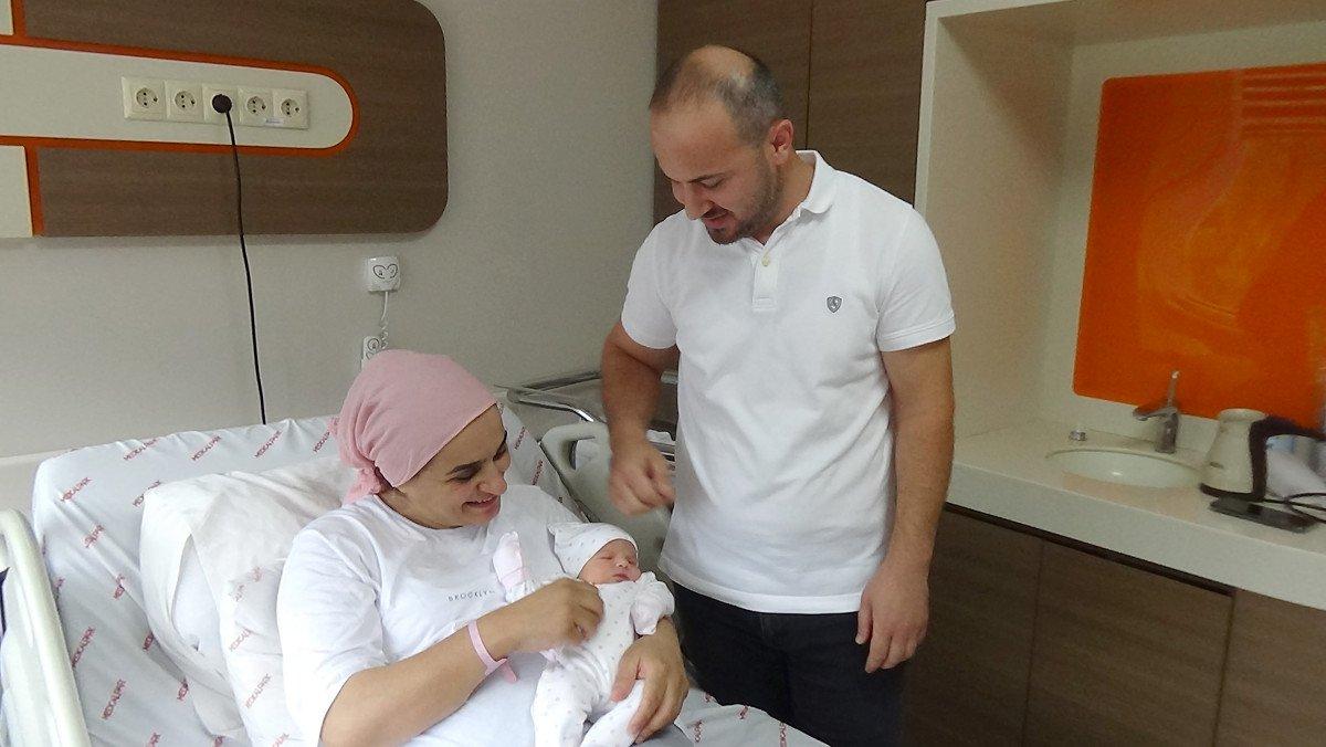 Trabzon'da 20 yıl sonra ilk bebek sevincini yaşadılar #2