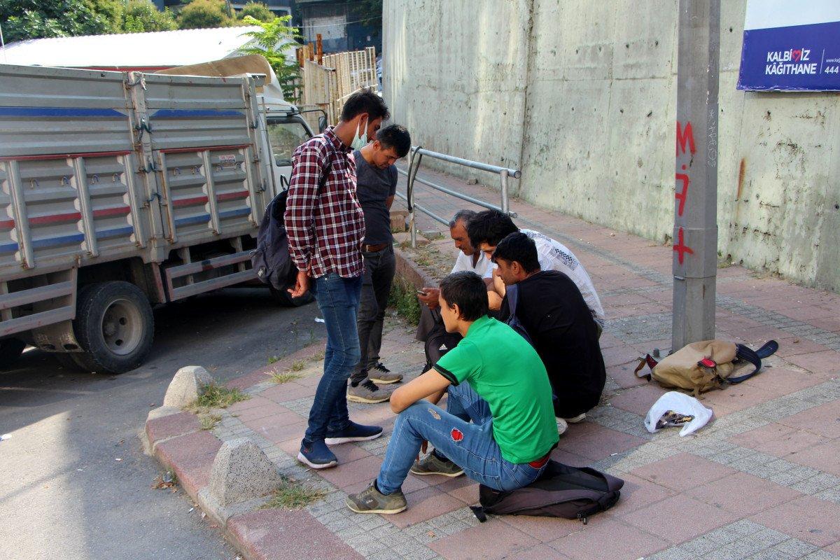 Kağıthane de göçmenlerin iş bekleyişi #2