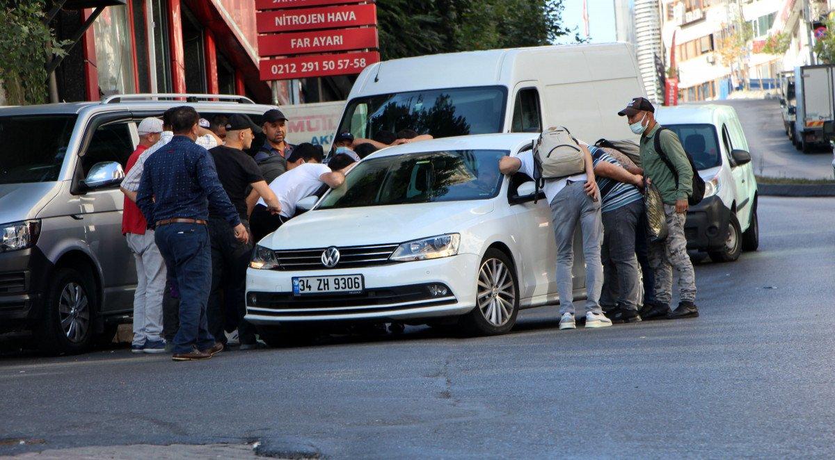 Kağıthane de göçmenlerin iş bekleyişi #7