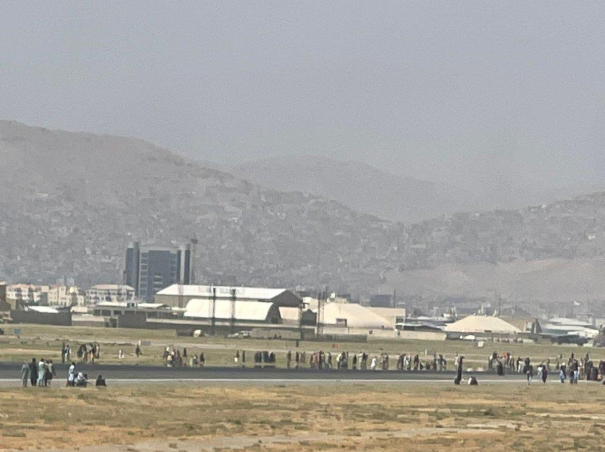 Kabil Havaalanı ndaki kaos anları #4