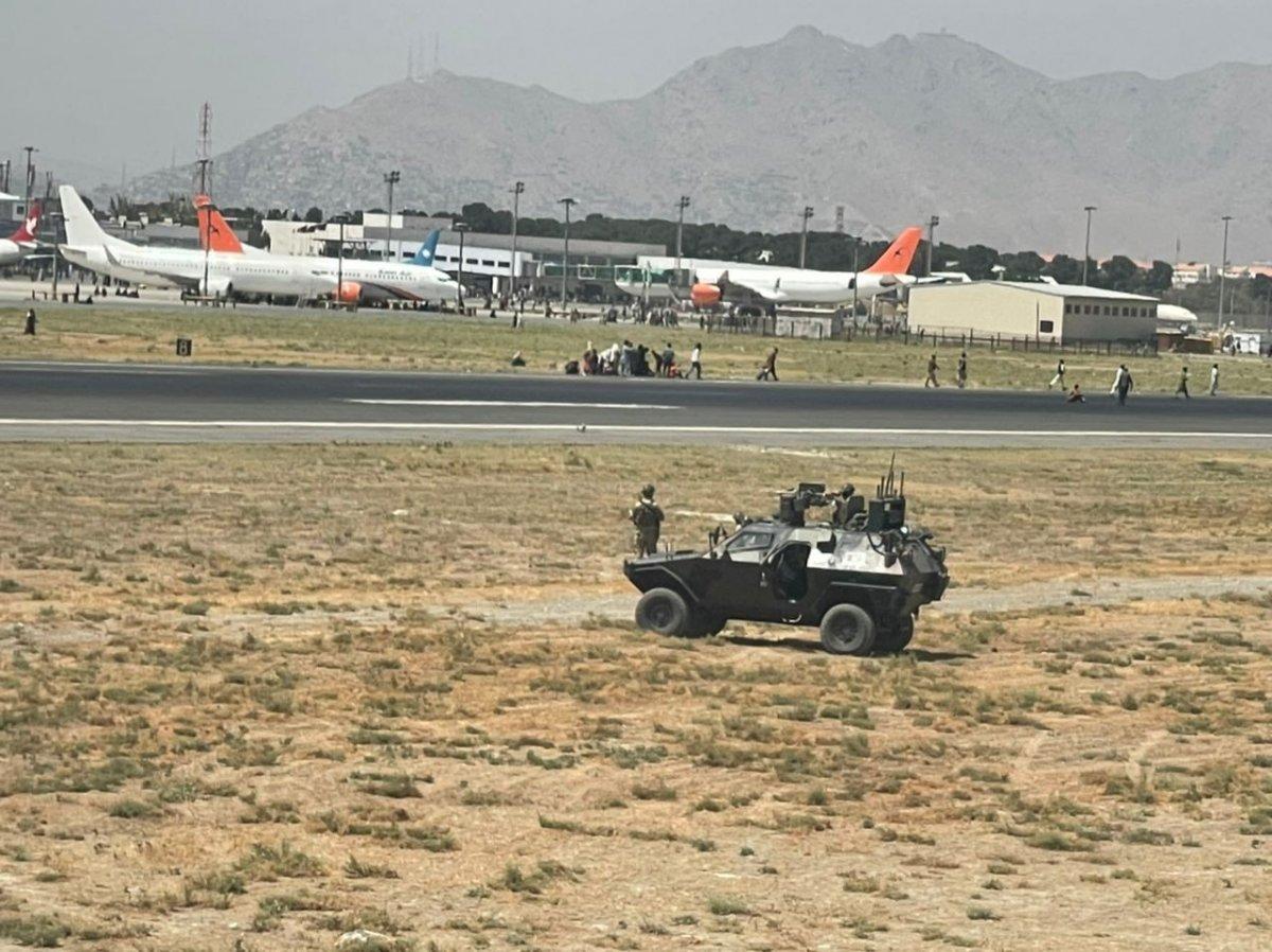 Kabil Havaalanı ndaki kaos anları #3