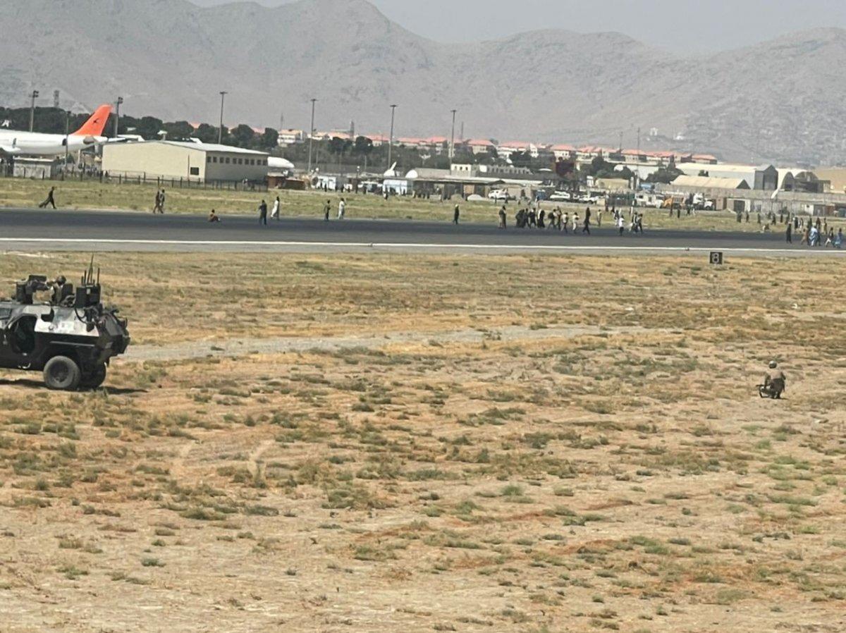 Kabil Havaalanı ndaki kaos anları #1