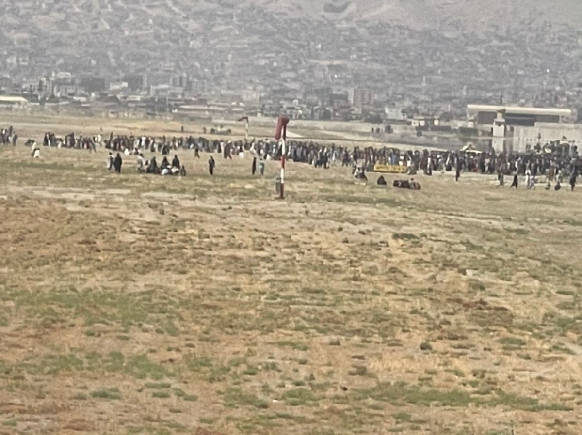 Kabil Havaalanı ndaki kaos anları #2