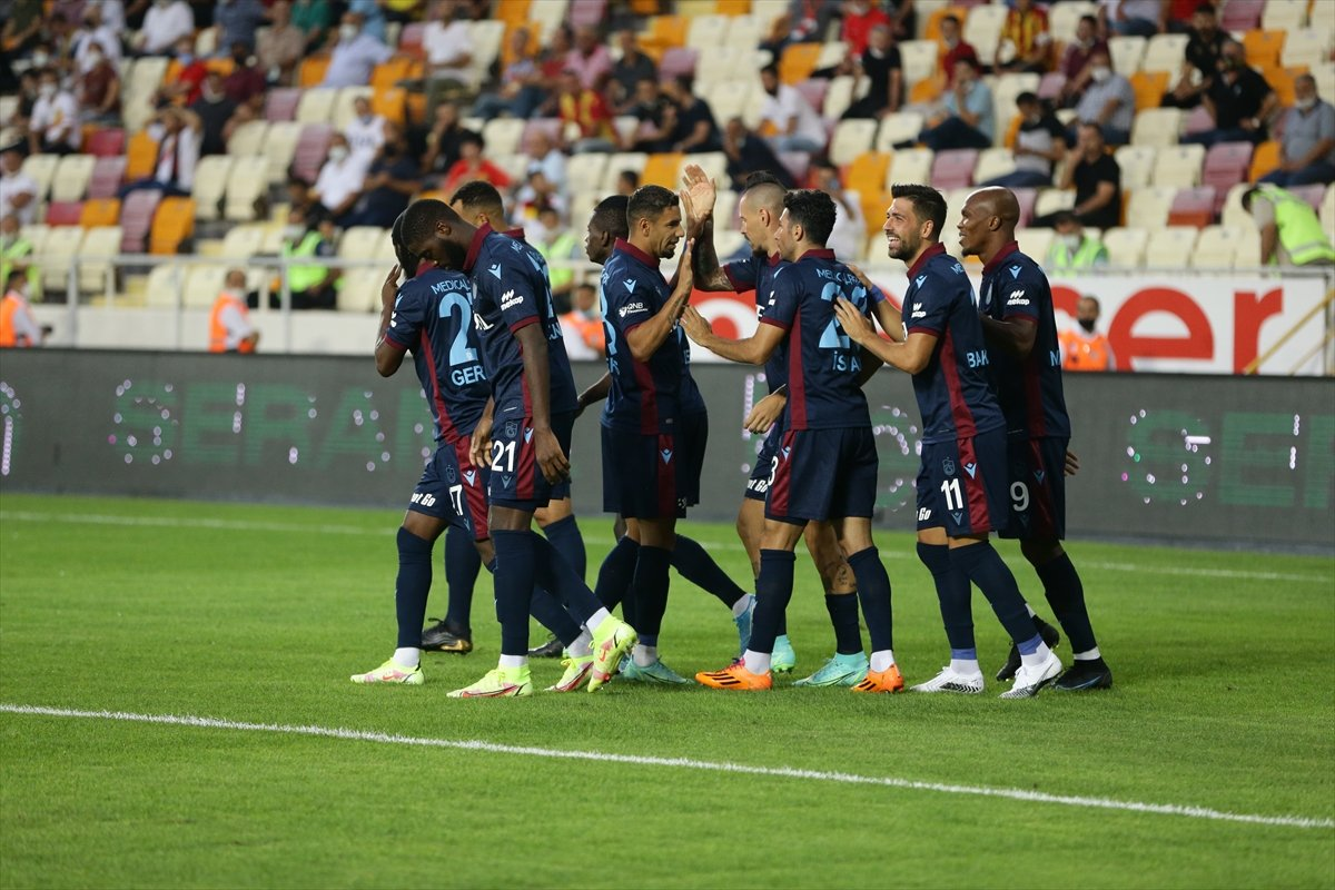 Trabzonspor, deplasmanda Yeni Malatyaspor u 5 golle geçti #3
